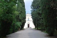 San Pietro Chapel-Ossuary bei Solferino stockbilder