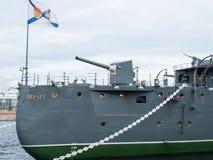 San Pietroburgo, Russia 8 settembre 2016: Pistola di arco dell'aurora dell'incrociatore dopo ricostruzione a St Petersburg, Russi Immagine Stock