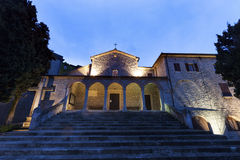 San Quirino kyrka i San Marino Arkivfoton