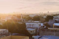 San Salvador bei Sonnenuntergang lizenzfreie stockfotos
