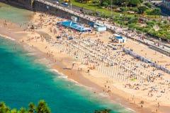 SAN SEBASTIÁN, ESPAÑA - AGOSTO 12,2014: Playa del Concha del La en el SE de San Fotos de archivo