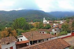 San Sebastian del Oeste, paisaje urbano de Jalisco, México foto de archivo