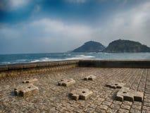 San Sebastian Donostia Seaside Viewpoint na cidade norte da Espanha foto de stock royalty free