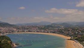 San Sebastian sikt fr?n Mont Igueldo, baskiskt land, Spanien arkivbild