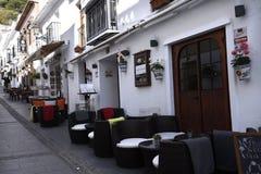 San Sebastian Street In Mijas dans les montagnes au-dessus de Costa del Sol en Espagne photos stock