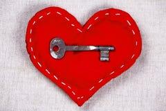 San Valentino - chiave al cuore Fotografie Stock