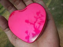 San Valentino rosso felice del cuore in motivi del gioco Fotografia Stock Libera da Diritti