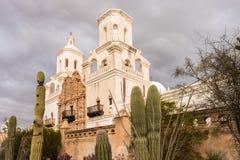 SAN Xavier del ΤΣΕ Mission έξω από το Tucson Αριζόνα στοκ εικόνες