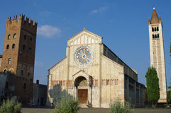 San Zeno basilika i Verona Arkivbild