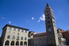 San zeno domkyrka och klockatorn, pistoia, tuscany, Italien, Europa arkivfoton