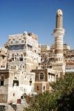 Sanaa, yemen - arquitetura iemenita tradicional imagens de stock royalty free