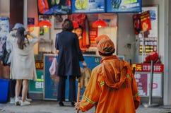 Sanacja pracownicy na ulicie zdjęcia royalty free
