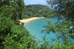 Sancho海滩在费尔南多・迪诺罗尼亚群岛 图库摄影