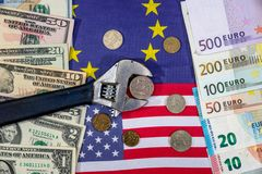 Sanciones del ruso euro y dólar contra rublo Indicador Imágenes de archivo libres de regalías