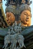 Sanctuaire de la vérité pattaya Images libres de droits