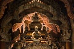Sanctuaire en bois de Pattaya de sculpture de la vérité Thaila Photo libre de droits