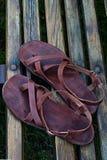 Sandálias descalças caseiros - liberdade de seus pés imagens de stock