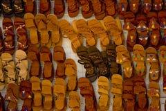 Sandálias para a venda Fotografia de Stock Royalty Free