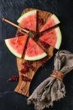 Sandía con la pasa roja Foto de archivo libre de regalías
