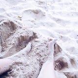 Sand auf meinen Füßen Lizenzfreie Stockbilder