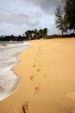 sand för 2 fotspår Arkivfoto