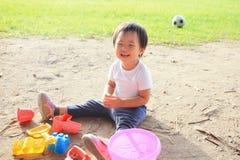 Sand för barnlek royaltyfria bilder