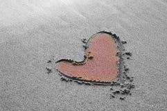 sand för strandteckningshjärta Royaltyfri Bild