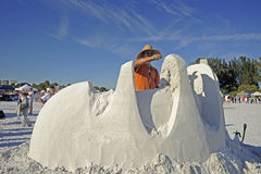 Sand sculptor uses trowel Royalty Free Stock Photos
