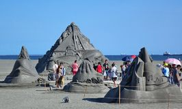 Sand-Skulpturen auf dem Strand in Taiwan lizenzfreie stockfotografie