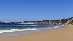 Sand und Meer auf horizontaler Abbildung Lizenzfreie Stockfotos