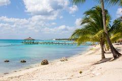 Sand und Meer auf horizontaler Abbildung Dominikanische Republik Lizenzfreie Stockfotografie