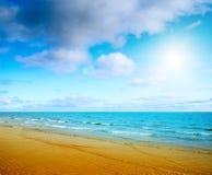 Sand und Ozean lizenzfreies stockfoto
