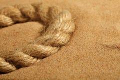 Sand und Seil lizenzfreie stockfotografie
