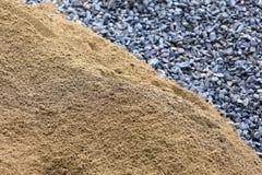Sand und Stein für Bauarbeit Stockfoto