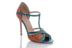 Sandały z unikalnymi piętami w cekinach Zdjęcie Stock