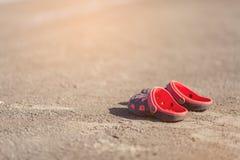 Sandaler badskor Arkivfoto