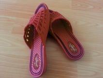 sandales de dames ou chappal pour le port occasionnel photo libre de droits