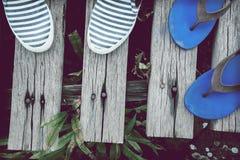 Sandales et espadrilles de fond Image libre de droits