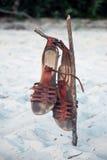 Sandales sur la plage Photographie stock