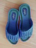 Sandali delle signore o chappal per l'uso casuale a casa immagine stock