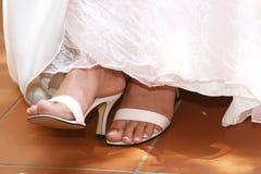 Sandalias blancas foto de archivo