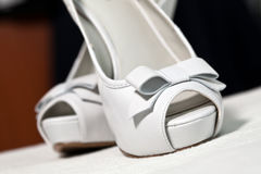 Sandalias de la boda Fotografía de archivo libre de regalías