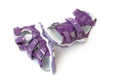 Sandalias de los niños púrpuras Foto de archivo libre de regalías