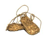 Sandalias tejidas madera tejidas madera del abedul del ssneaker del abedul de la zapatilla de deporte para los everyandals para e Fotos de archivo libres de regalías