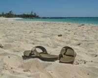 Sandals på stranden Fotografering för Bildbyråer