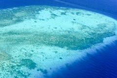 Sandbank i den manliga atollen, Royaltyfria Bilder