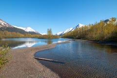Sandbar och kust på älglägenhetvåtmark och Portage liten vik i den Turnagain armen nära ankringen Alaska USA royaltyfria foton