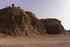 Sandberg Ural landskap medf8ort öknen like royaltyfri fotografi