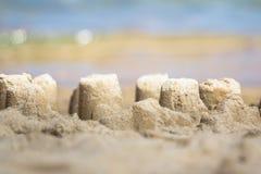 Sandcastle на песчаном пляже Стоковое Изображение