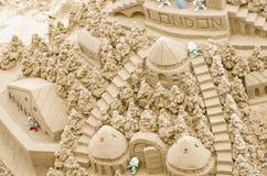 Sandcastle na plaży podczas letniego dnia Londyn 28 05 2016, Fotografia Royalty Free